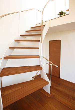 Comment vitrifier un escalier - Le Terrier Blanc
